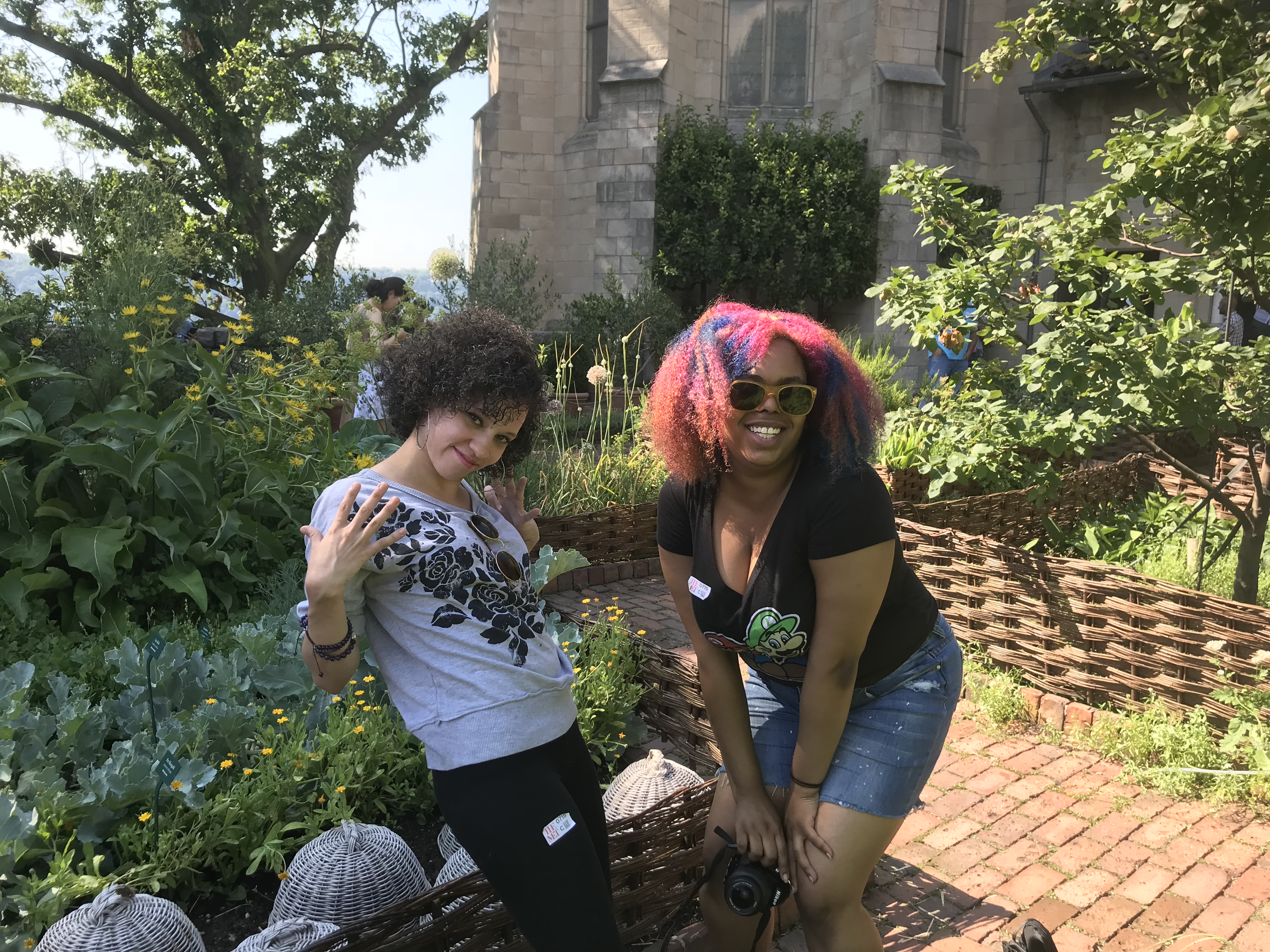 Hillary and Rebeca, Photographer and Model, The Cloisters Garden